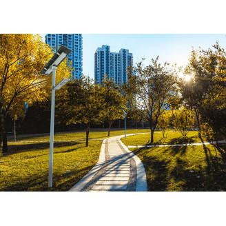 Eclairage double panneau solaire pour terrains sportifs